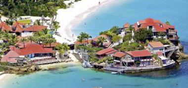 Ostrov Sv. Bartoloměj s hotelem Eden Rock