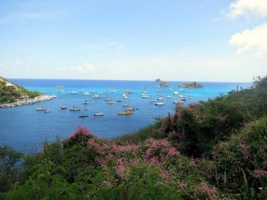Pobřeží karibského ostrova Svatý Bartoloměj